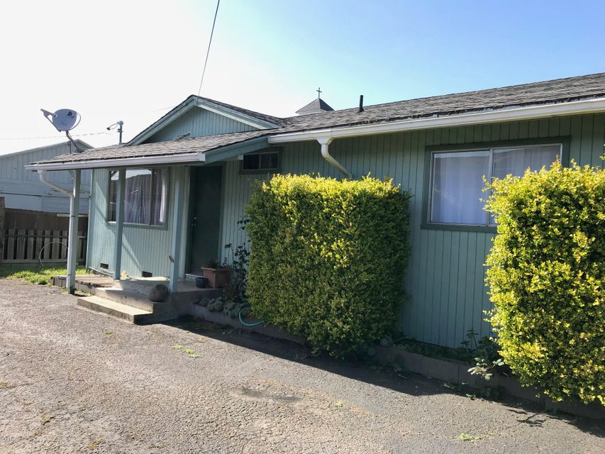 Single Family Home for Sale at 244 N Corry Street 244 N Corry Street Fort Bragg, California 95437 United States