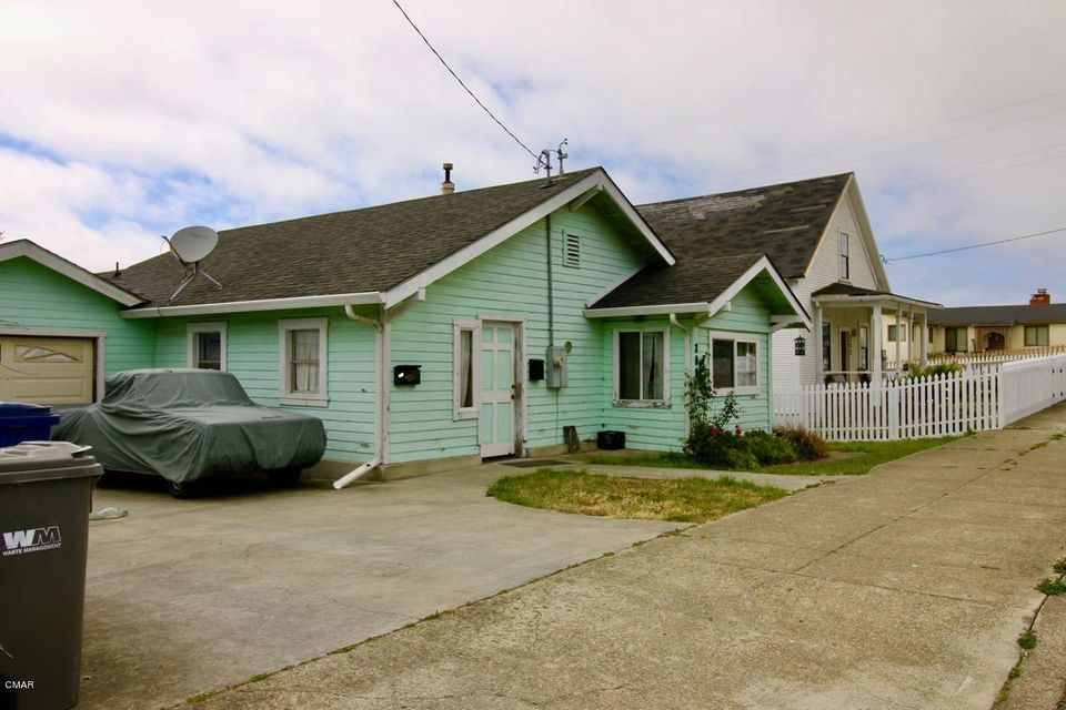 Single Family Home for Sale at 309 S Mcpherson Street 309 S Mcpherson Street Fort Bragg, California 95437 United States