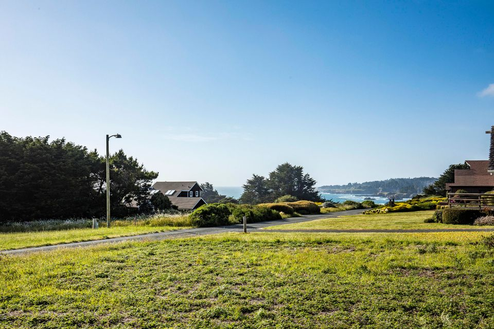 Additional photo for property listing at 10880 Lansing Street 10880 Lansing Street Mendocino, California 95460 United States