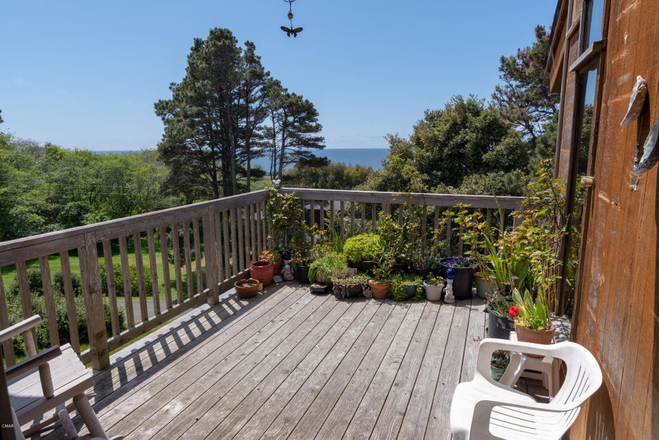 Additional photo for property listing at 45260 Mar Vista Drive 45260 Mar Vista Drive Mendocino, California 95460 Estados Unidos