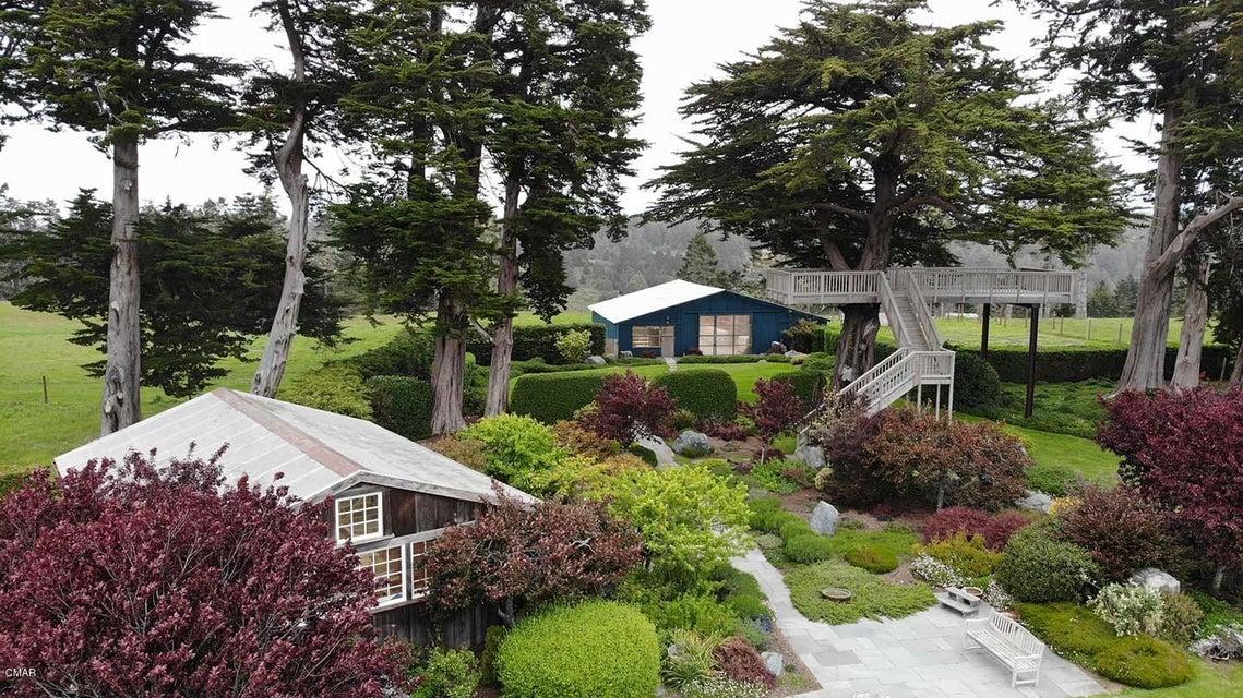 Additional photo for property listing at 32550 Navarro Ridge Road 32550 Navarro Ridge Road Albion, California 95410 Estados Unidos