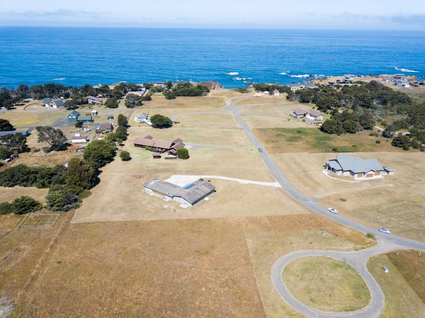 Additional photo for property listing at 34301 Sunset Way 34301 Sunset Way Fort Bragg, California 95437 United States