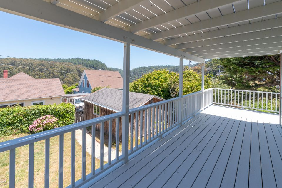 Additional photo for property listing at 33870 Albion Ridge Road 33870 Albion Ridge Road Albion, California 95410 United States