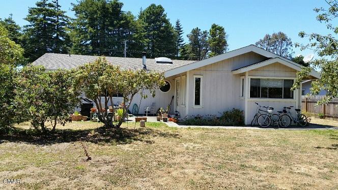 Casa Unifamiliar por un Venta en 124 Woodland Drive 124 Woodland Drive Fort Bragg, California 95437 Estados Unidos