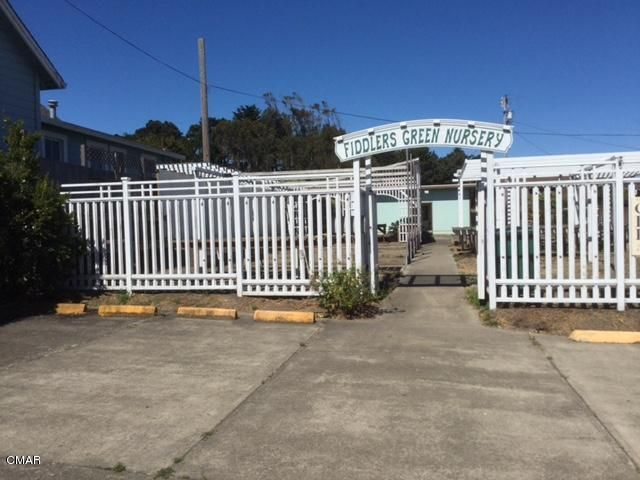 Commercial for Sale at 525 S Franklin Street 525 S Franklin Street Fort Bragg, California 95437 United States
