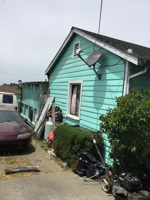 Additional photo for property listing at 451 S Harrison Street 451 S Harrison Street Fort Bragg, California 95437 Estados Unidos