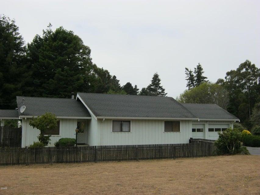 Casa Unifamiliar por un Venta en 21900 John Hyman Road 21900 John Hyman Road Fort Bragg, California 95437 Estados Unidos