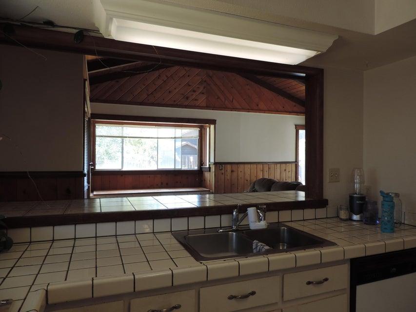 Additional photo for property listing at 124 Woodland Drive 124 Woodland Drive Fort Bragg, California 95437 Estados Unidos