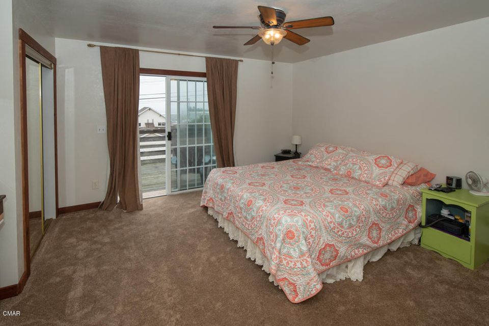 Additional photo for property listing at 127 S Mcpherson Street 127 S Mcpherson Street Fort Bragg, 加利福尼亚州 95437 美国