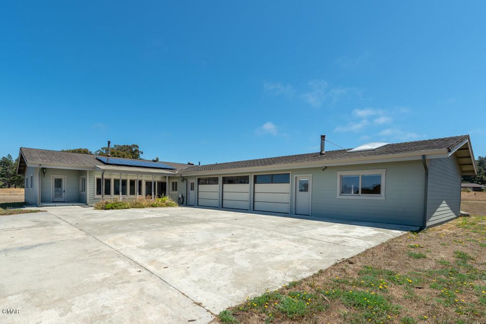 Additional photo for property listing at 34351 Sunset Way 34351 Sunset Way Fort Bragg, California 95437 Estados Unidos