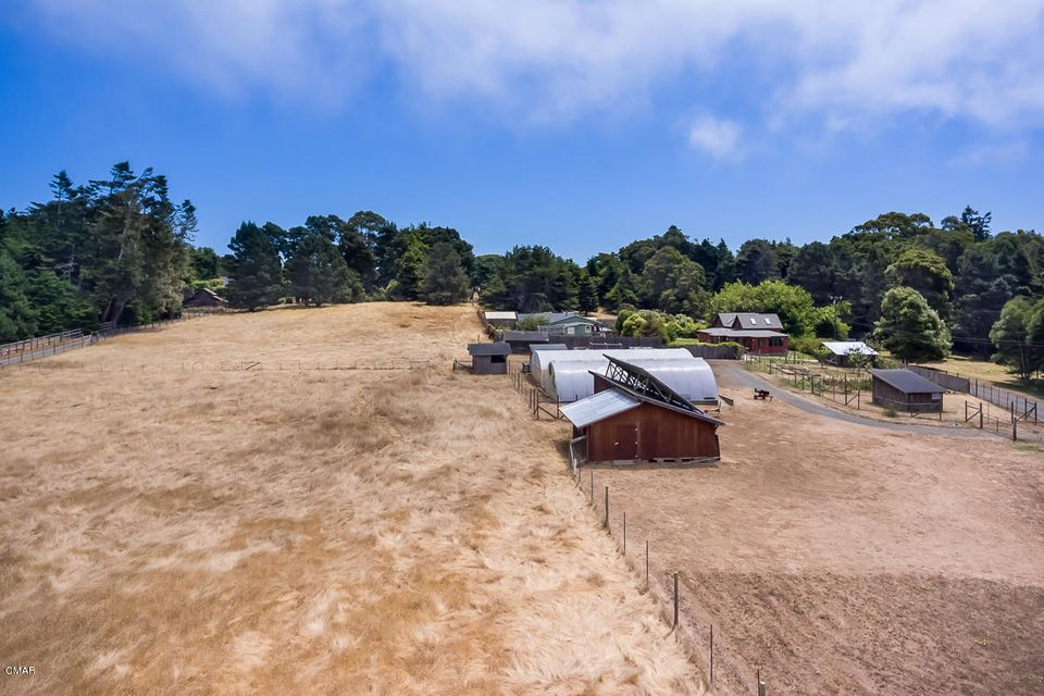 Additional photo for property listing at 32250 Rivers End Road 32250 Rivers End Road Fort Bragg, 加利福尼亚州 95437 美国