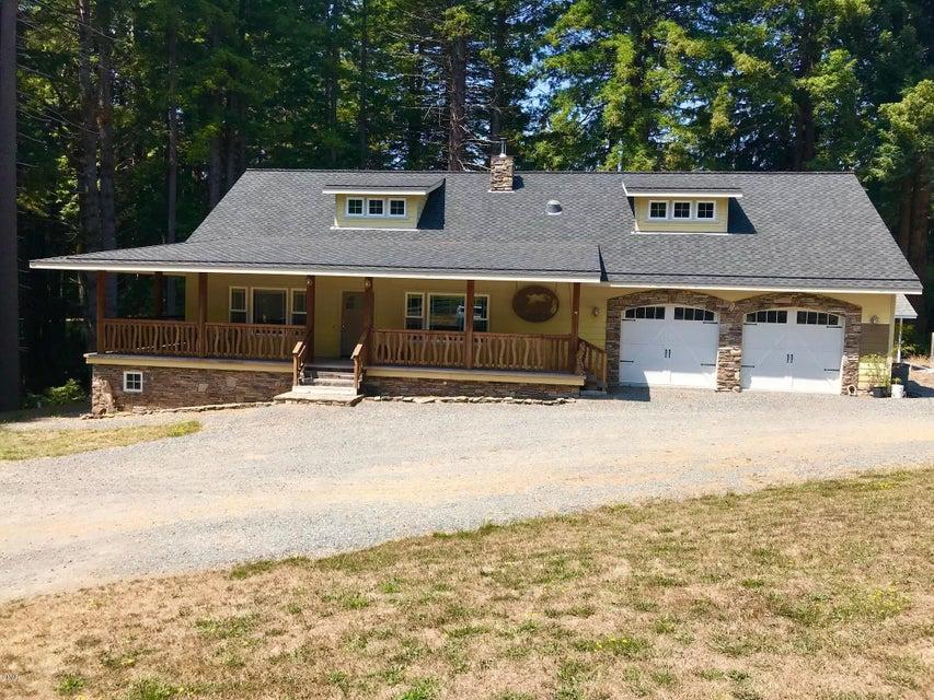 独户住宅 为 销售 在 30056 Fort Bragg-Sherwood Road 30056 Fort Bragg-Sherwood Road Fort Bragg, 加利福尼亚州 95437 美国