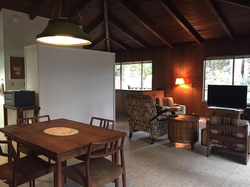 Additional photo for property listing at 26360 Blueberry Hill Road 26360 Blueberry Hill Road Fort Bragg, 加利福尼亚州 95437 美国