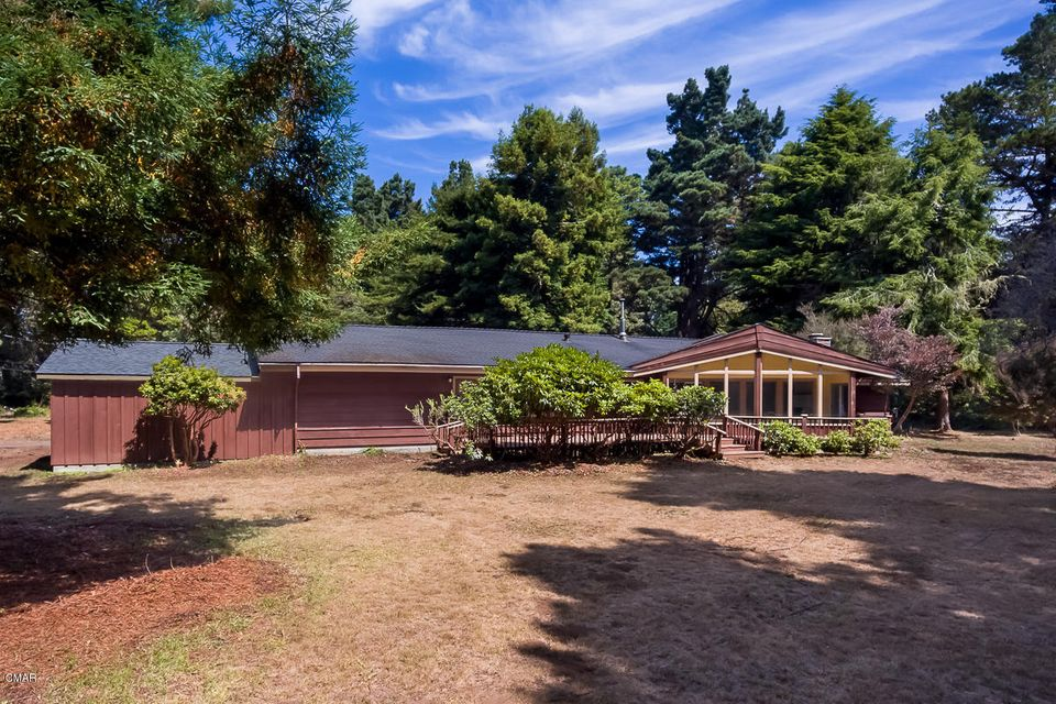 Single Family Home for Sale at 45300 Overton Drive 45300 Overton Drive Mendocino, California 95460 United States