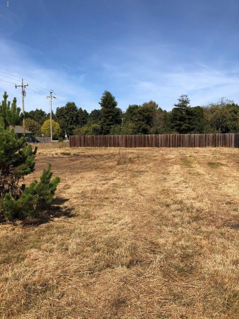 Land for Sale at 104 Dana Street 104 Dana Street Fort Bragg, California 95437 United States