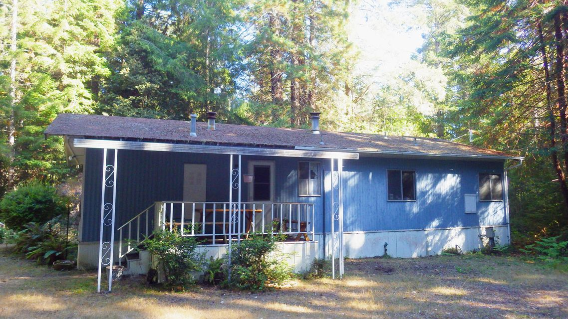 Casa Unifamiliar por un Venta en 32450 Albion Ridge C Road 32450 Albion Ridge C Road Albion, California 95410 Estados Unidos