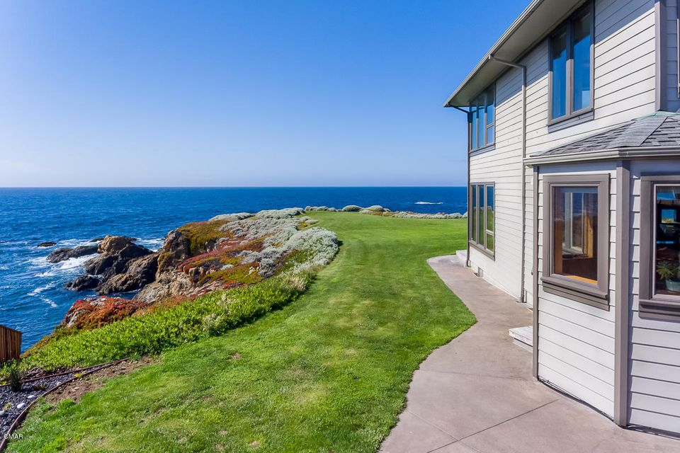 Additional photo for property listing at 33600 Schoefer Lane 33600 Schoefer Lane Fort Bragg, California 95437 United States