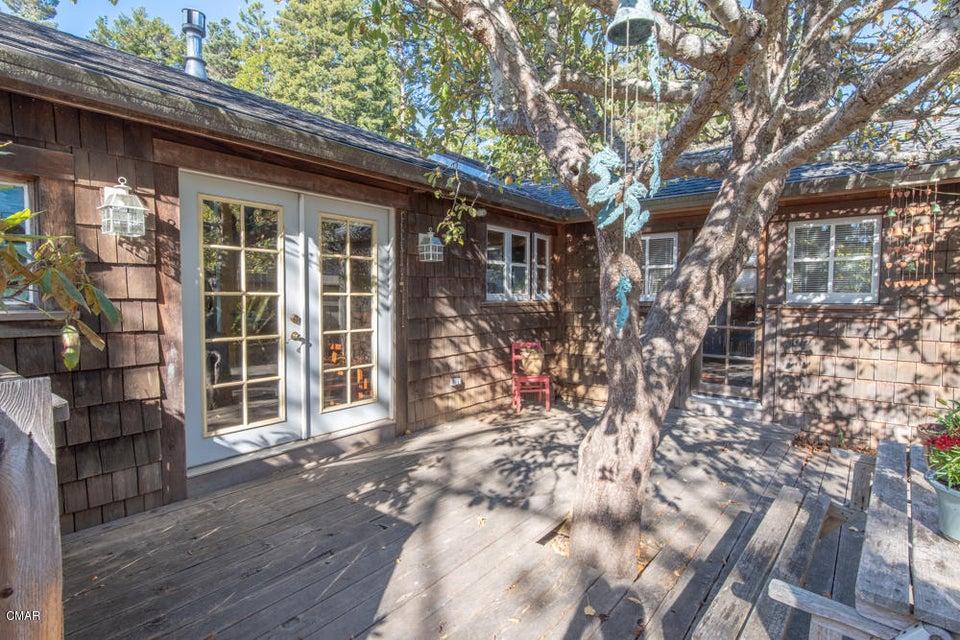 Single Family Home for Sale at 44280 Gordon Lane 44280 Gordon Lane Mendocino, California 95460 United States