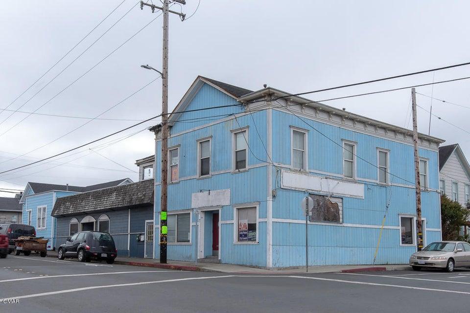 Commercial for Sale at 200 E Oak Street 200 E Oak Street Fort Bragg, California 95437 United States