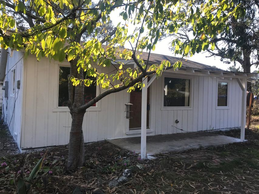 Single Family Home for Sale at 31101 State Hwy 20 31101 State Hwy 20 Fort Bragg, California 95437 United States