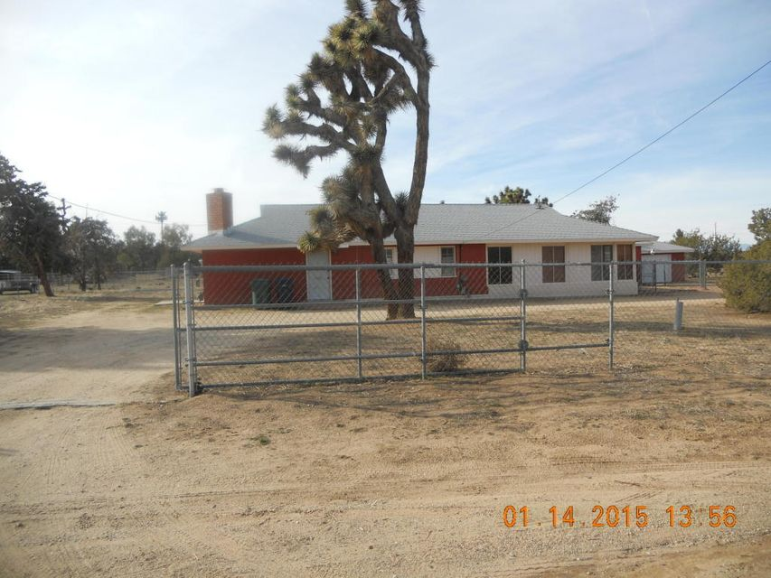40509 W 18th Street, Palmdale, California