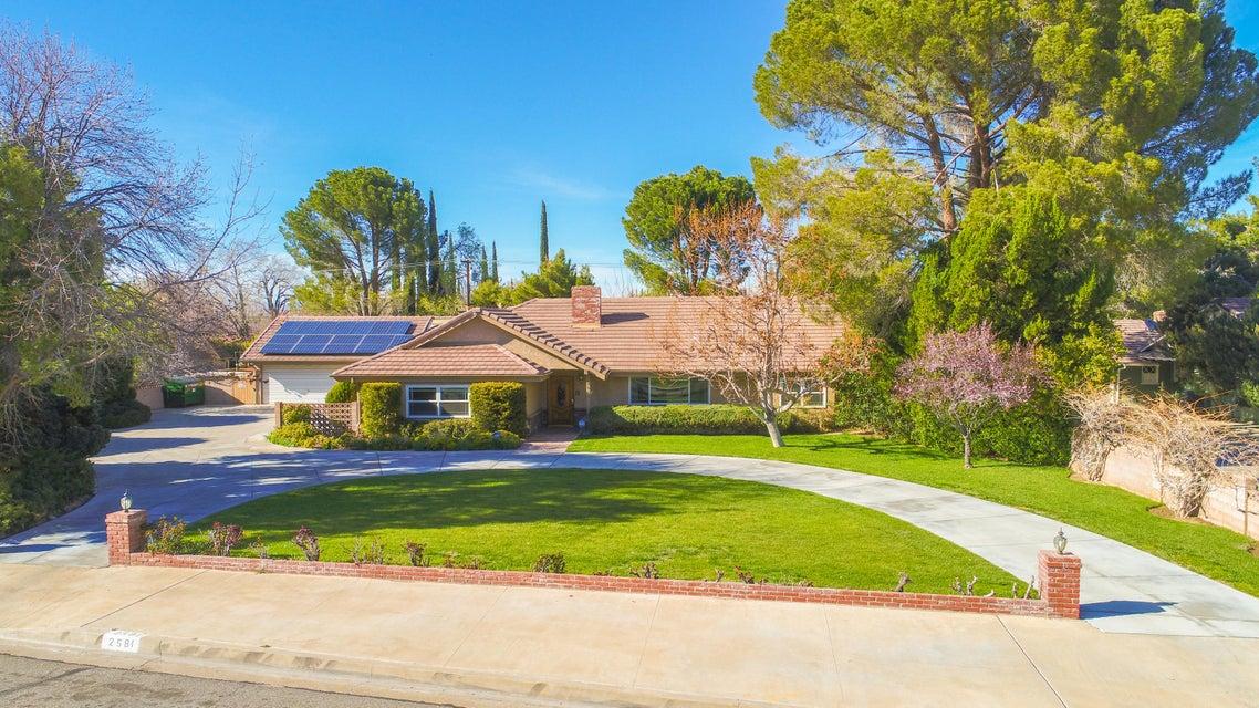 2581 W Avenue J13, Lancaster, California