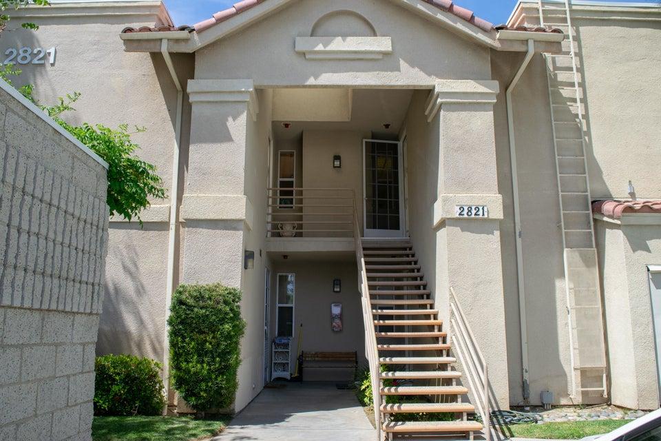 2821 W West Avenue K-12, Lancaster, California