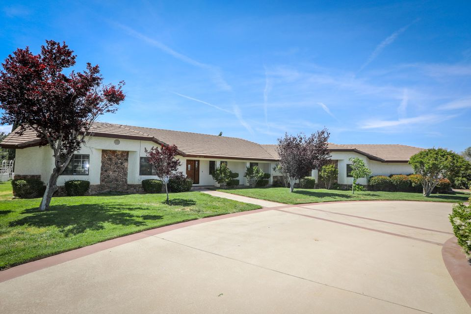 41233 W 27th Street, Palmdale, California