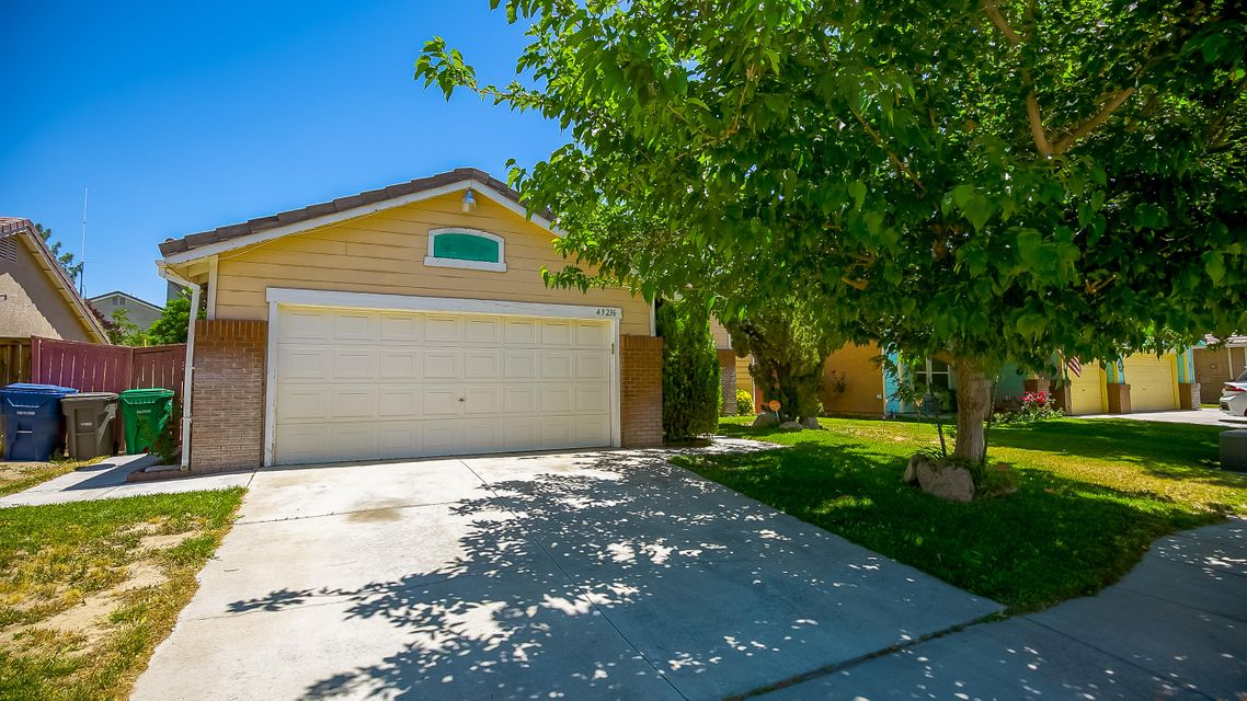 43236 E 32nd Street, Lancaster in Los Angeles County, CA 93535 Home for Sale