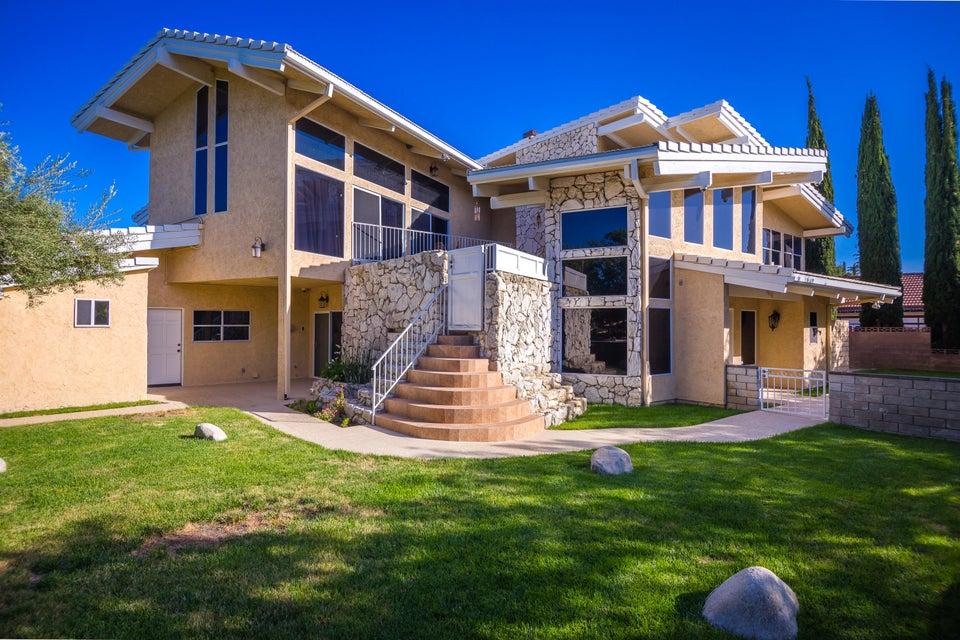 39830  Golfers Drive, Palmdale, California