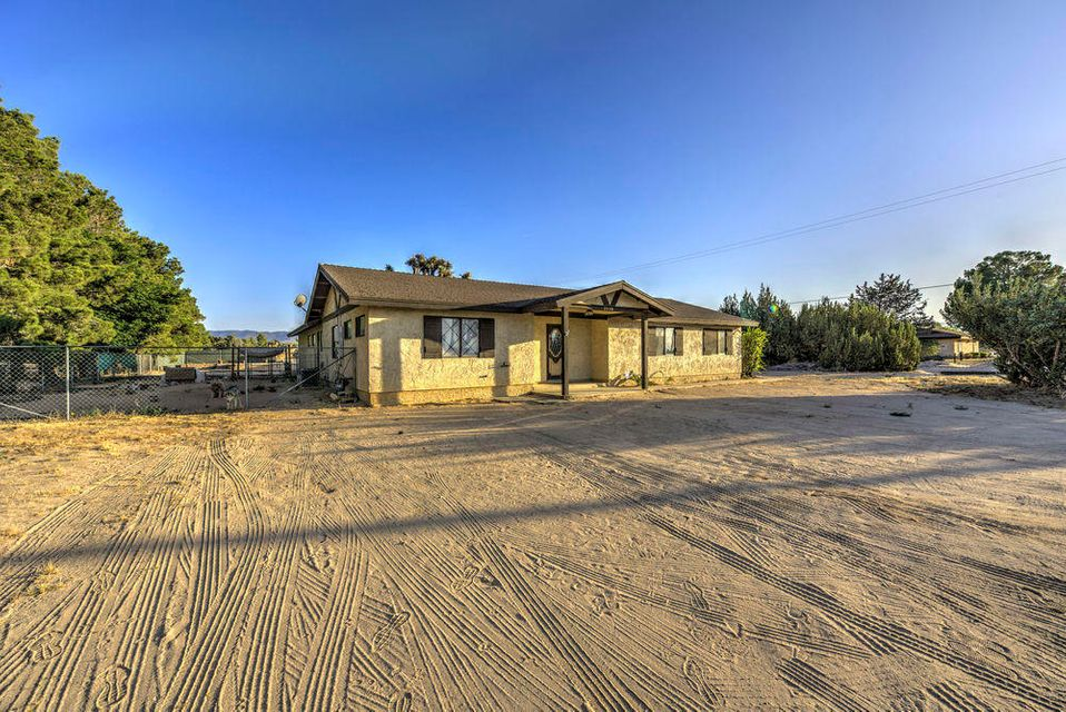 2358 N Avenue, Palmdale, California