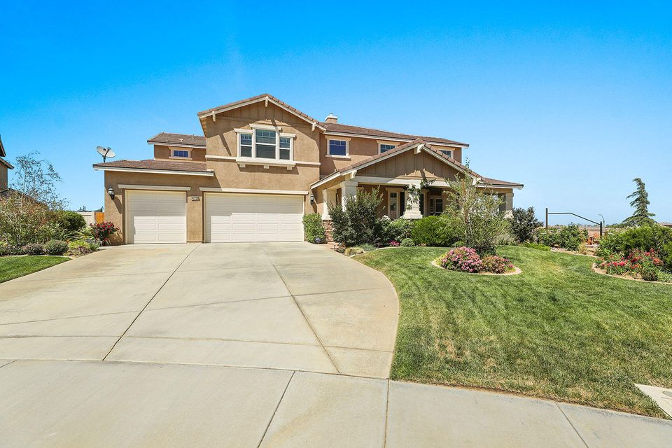 41736  Merryvale Lane, Palmdale in Los Angeles County, CA 93551 Home for Sale