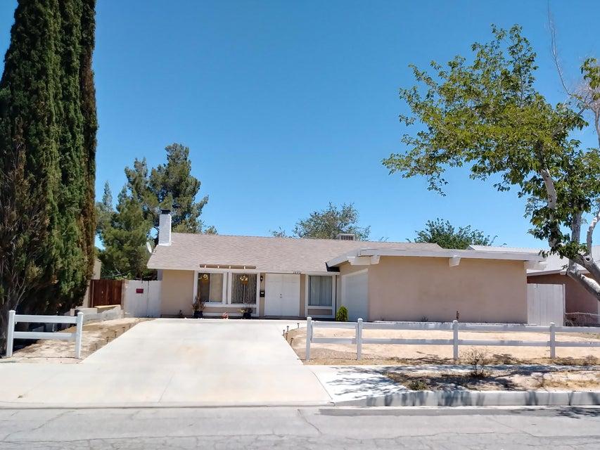 38952  Mesquite Road, Palmdale, California