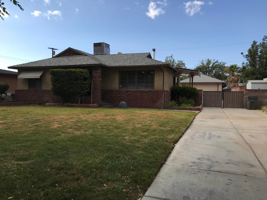 1439 W Ivyton Street, Lancaster in Los Angeles County, CA 93534 Home for Sale