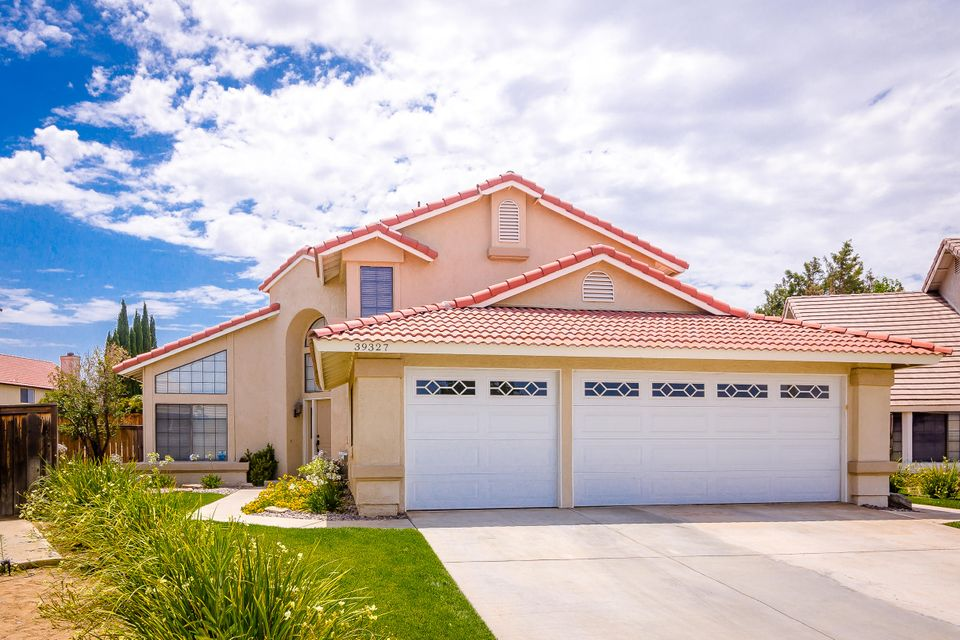 39327  Stonegate Street, Palmdale in Los Angeles County, CA 93551 Home for Sale