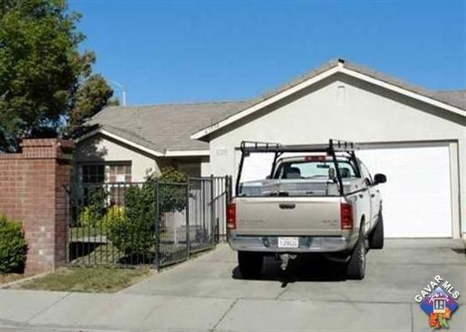 43558 E 32nd Street, Lancaster in Los Angeles County, CA 93535 Home for Sale