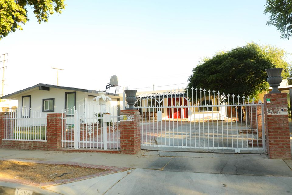1016 W Avenue H6, Lancaster in Los Angeles County, CA 93534 Home for Sale