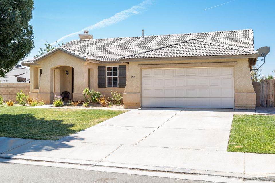 1618  Regents Street, Lancaster in Los Angeles County, CA 93534 Home for Sale