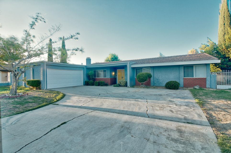 39730  Eadmer Avenue, Palmdale in Los Angeles County, CA 93551 Home for Sale