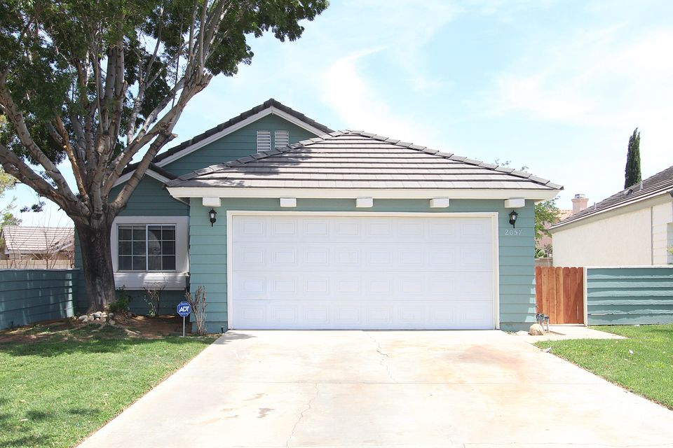 2057  Chatham Drive, Palmdale in Los Angeles County, CA 93550 Home for Sale