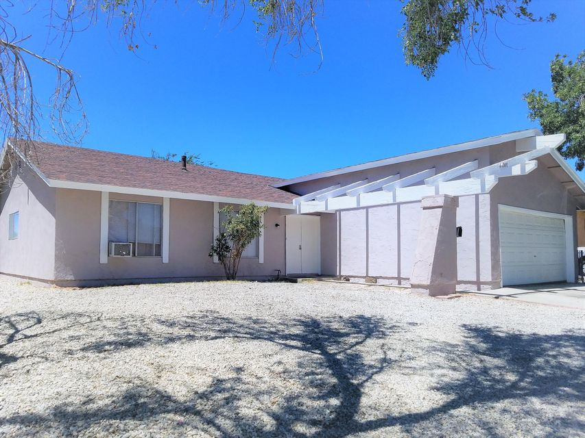 44301  Andale Avenue, Lancaster in Los Angeles County, CA 93535 Home for Sale