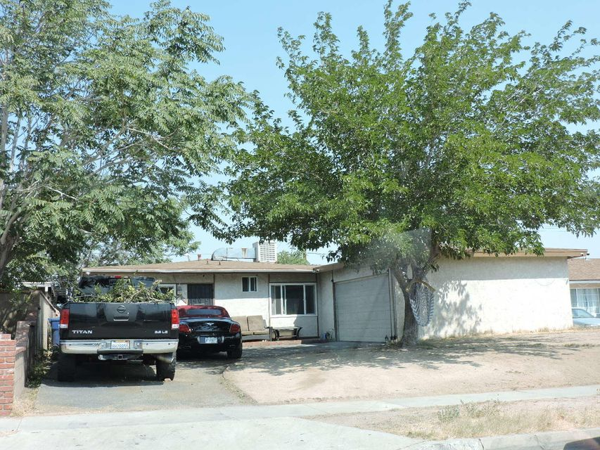 38915  Foxholm Drive, Palmdale, California