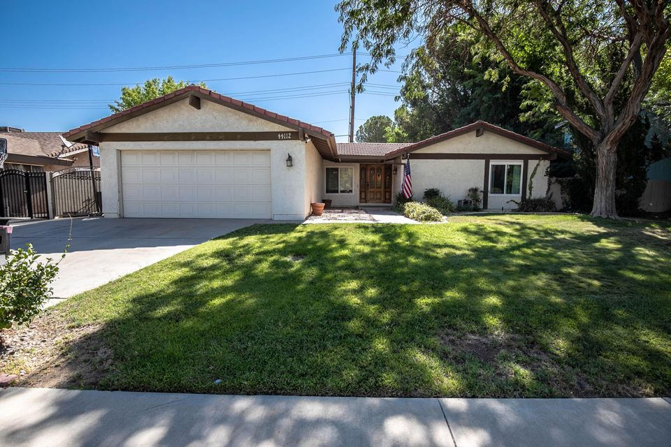 44112  Fenner Avenue Avenue, Lancaster in Los Angeles County, CA 93536 Home for Sale