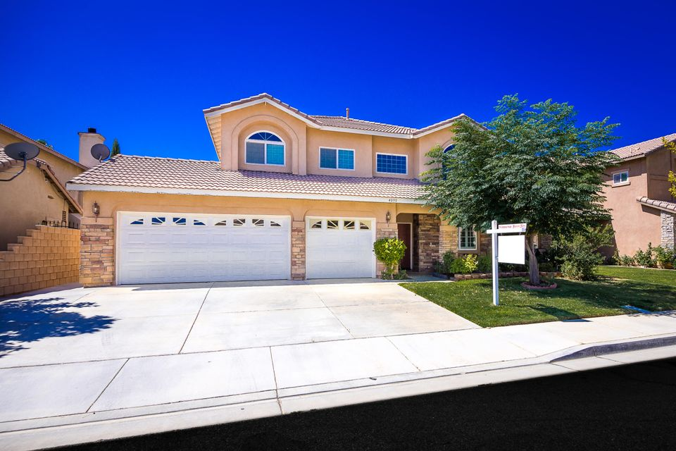 4090  Waterville Court, Palmdale, California