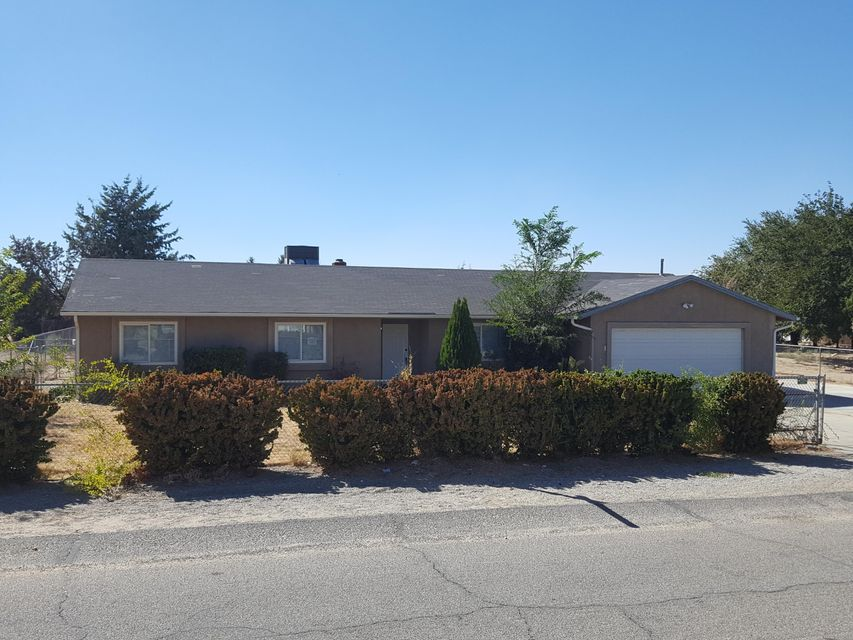 40615 E 176th Street, Lancaster in Los Angeles County, CA 93535 Home for Sale