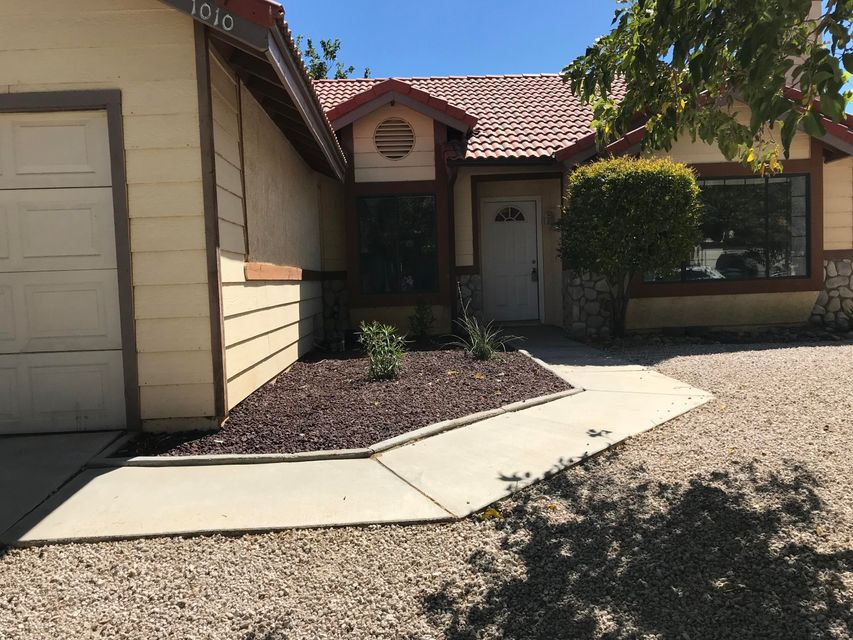1010  James Court, Lancaster in Los Angeles County, CA 93535 Home for Sale