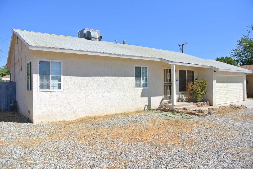 44146  Kingtree Avenue, Lancaster in Los Angeles County, CA 93534 Home for Sale