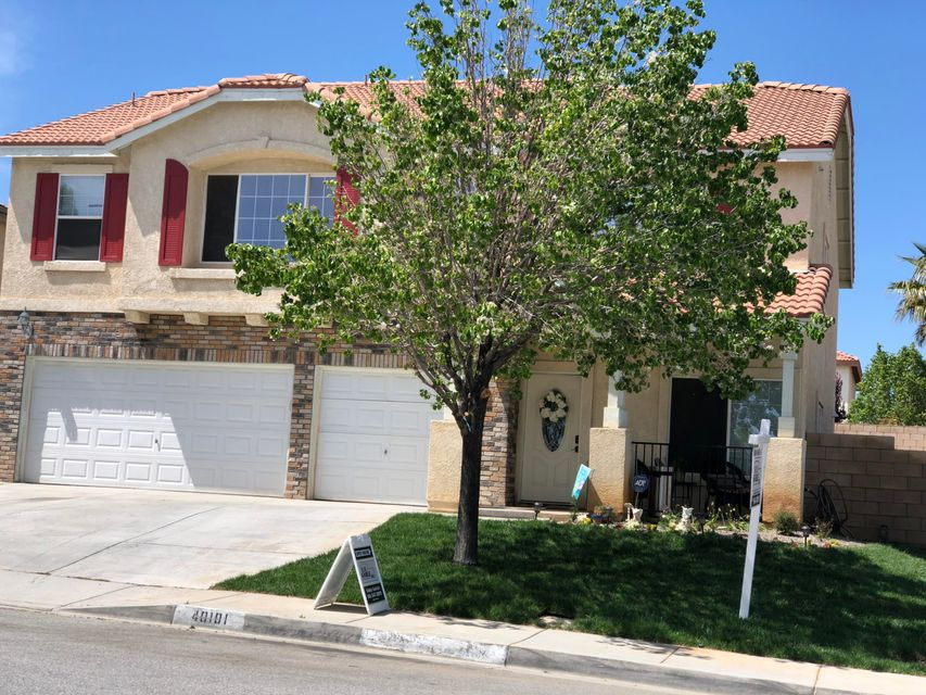 40101  Watford Way, Palmdale in Los Angeles County, CA 93551 Home for Sale