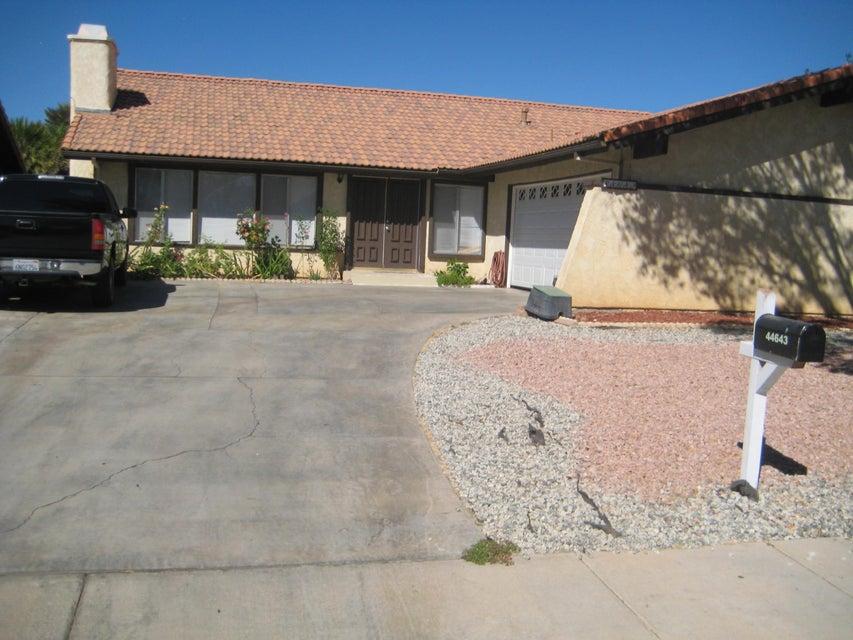 44643 E 13th Street, Lancaster, California