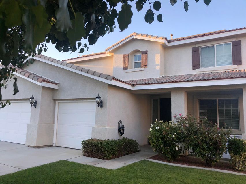 39427  Hawthorne Street, Palmdale in Los Angeles County, CA 93551 Home for Sale